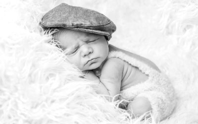 Looking for a Barnsley Newborn Photographer?
